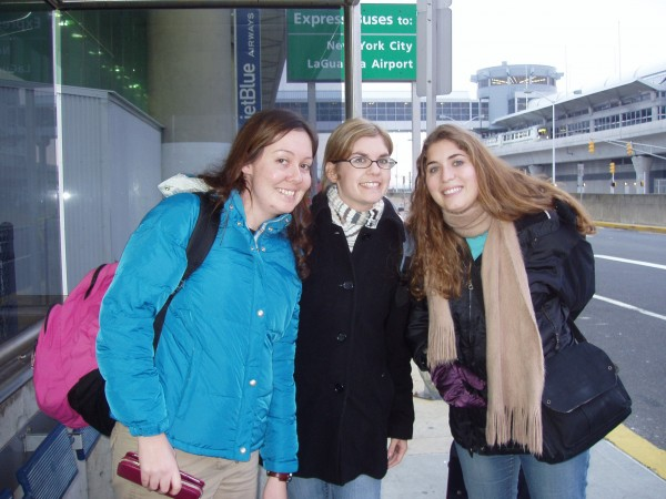 1 Sydney, Melissa and me at airport